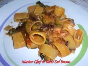 Calamarata con Zucchine, Radicchio e Salmone