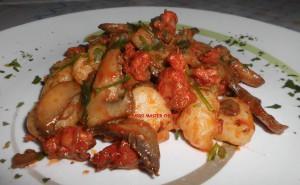 Gnocchi con Salsiccia e Champignon