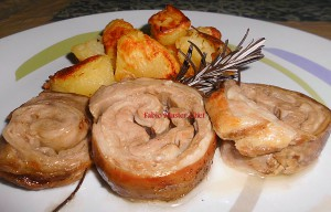 Rollè di Agnello alle Spezie con Patate al Forno con Aglio e Rosm