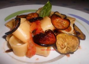 Calamarata con Pomodori Freschi