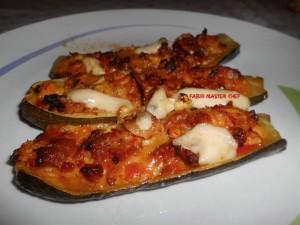 Zucchine Ripiene con Salsiccia l'Anima Loro e Scamorza Affumicata