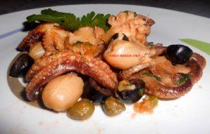 Seppioline con Olive Nere, Capperi e Pomodorini